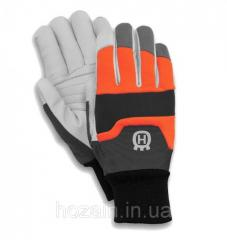 "Husqvarna gloves; ""Functional"