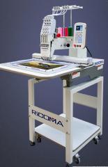 Одноголовочная вышивальная машина RCM-1501PT