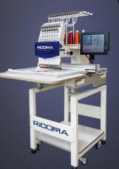 Одноголовочная вышивальная машина RCM-0601TS-12H