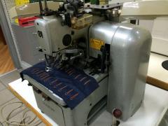 Глазковая петельная машина Durkopp Adler 558