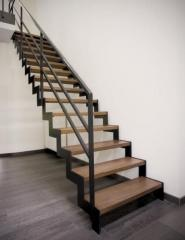 Изготовление и монтаж лестниц из металла любой конфигурации