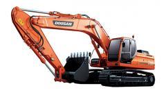 La excavadora Doosan DX300LC de oruga