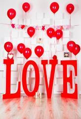 Большие объемные буквы LOVE из пенопласта под
