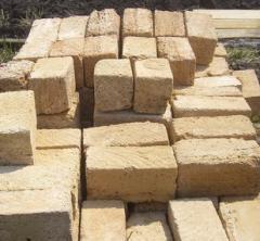 Строительный камень из мергелистого пильного