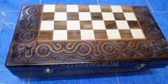 Chess is decorative, handwork, a tree a beech,