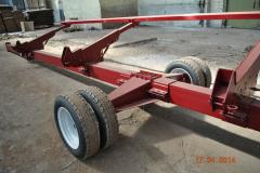 Uniaxial truck for grain harvesters from 6 to 9 meters