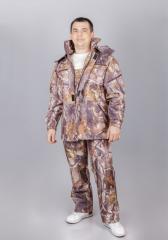 El traje camuflado para la caza y la pesca