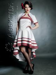 Вышитое модное платье ЖП 62-44