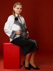 Вышитый женский костюм ЖК 6