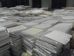 Waste of polypropylene in plates