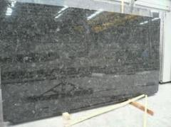 Stone in slabs from the producer