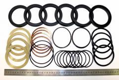 Bienes de equipamiento y piezas de recambio para equpo torno y de montacargos