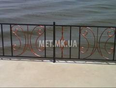 Кованая ограда мостов