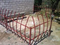 Кованая ограда из метала
