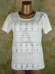 T-shirt women's white with a stuffed pattern...