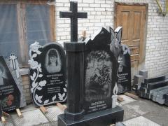 Надгробное украшение гранитное