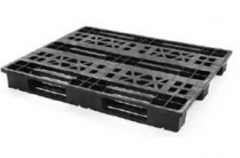 Pallet with 3 runners of CPP 910
