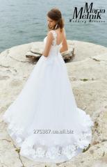 А-силуэтное свадебное платье с кружевом