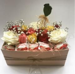Подарочная коробка Живые цветы