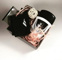 Серая коробочка мини с натуральным 100% наполнителем и декором