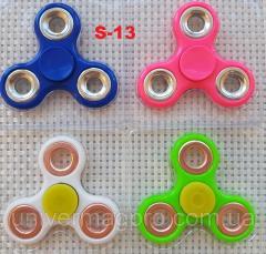 Revolving object Spinner Finger spinner fidget