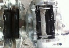 Суппорт тормозной пер.левый Toyota Land Cruiser 200 / Lexus LX 570