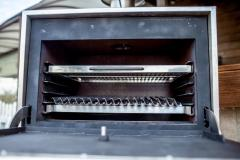 Backofen-Grill mit den argentinischen Bars BQM-1