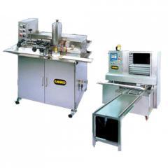 Автоматическая линия для нанесения рисунка на изделия и их раскладки на противни AL-240 + ST-801