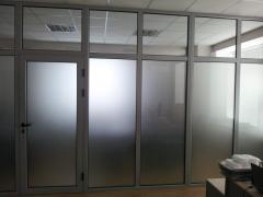 Двери алюминиевые профиль PROFILСO