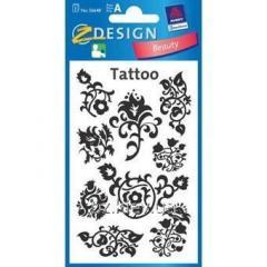 Татуировка с цветочными узорами