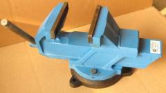 Тиски слесарные 140 мм , арт. 17953