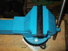 Vice metalwork 160 mm with a rotary plate of GOST