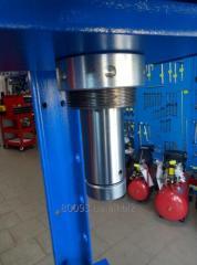 Пресс пневмогидравлический 30 тонн 9TY521-30A-B