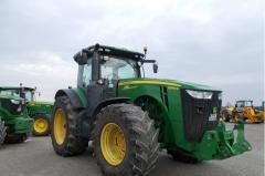 Трактор John Deere 8285R