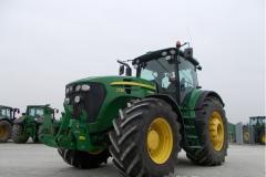 Трактор John Deere 7730