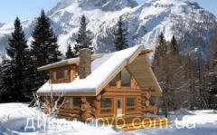 手工用原木造的木房