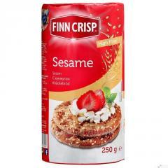 FINN CRISP pain de blé avec des graines de sésame.