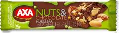 AXA cereal bar with chocolate and nuts 25 g.