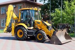 JCB 3CX excavator (England)