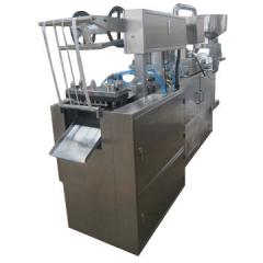 Equipment for filling capsules