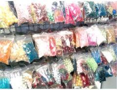 Accessories, accessories to needlework