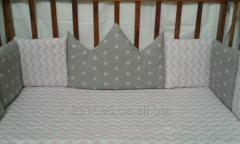 Комплект бортики и простынь в кроватку