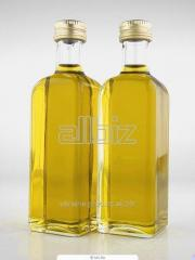 El aceite de girasol refinado en las PET-botellas