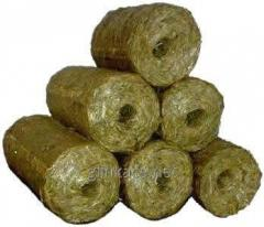 Fuel briquettes from straw
