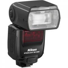 Flash of Nikon SB-5000