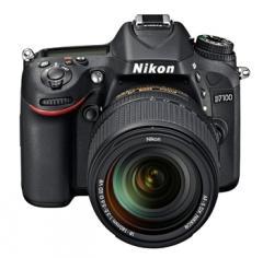 Цифровая фотокамера зеркальная Nikon