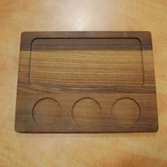 Деревянная доска для подачи блюд с углублениями для соусников, 320*240*20 мм