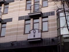 Вентилируемый керамогранитный фасад...