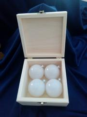 Коробочка с шарами 60 мм (дерево+пластмасса )