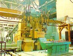 Press hydraulic for production of a silicate brick